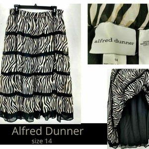 Alfred Dunner Women Skirt 14 A-Line Tiered Striped